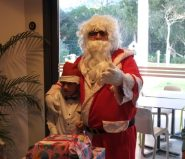 Père Noël et les cadeaux