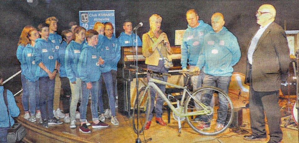 Tour de France des jeunes à vélo